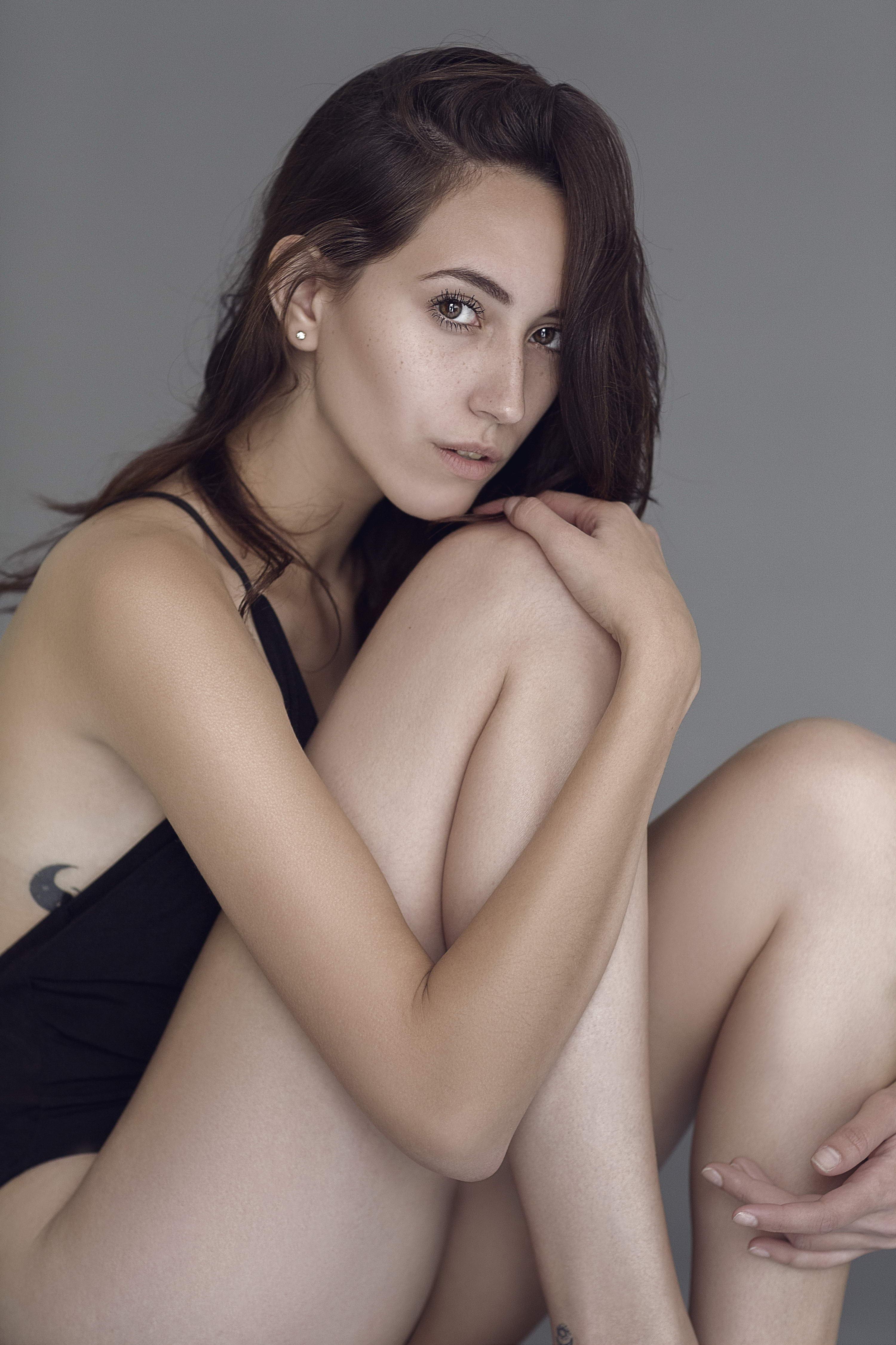 Cute Teen Model And Sexy Escort